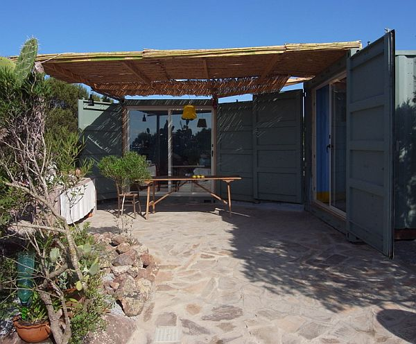 138-container-summer-residence