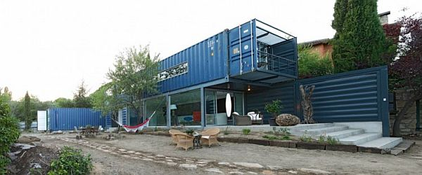 44-shipping-container-house-in-el-tiemblo