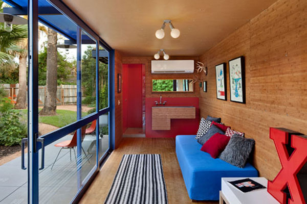 8-container-guest-house